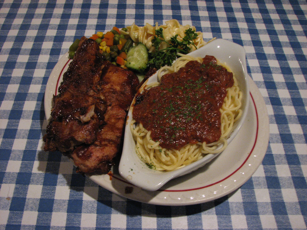 Rodos Moose Jaw Rib Ends with Spaghetti and Meat Sauce